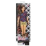 Boneca Barbie Fashionistas - Conjuntinho Xadrez Dvx74