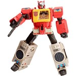 Boneco Transformers Autobot Blaster - Hasbro
