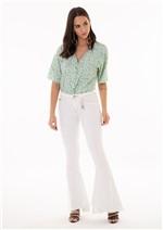 Calça Jeans Flare com Barra Diferenciada Assimétrica - Unica 40