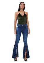 Calça Jeans Flare com Detalhe de Fenda na Barra