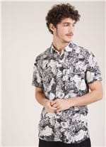 Camisa Manga Curta Estampa Art Flower Preto G