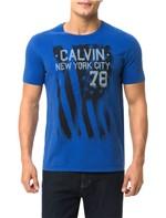 Camiseta Calvin Klein Jeans Estampa Chorando Bandeira Azul Carbono - XGG