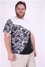 Camiseta com Recortes Lisos e Estampado Plus Size Preto P