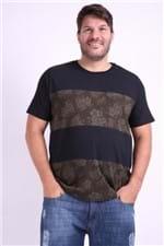 Camiseta Recortes Estampa Floral Plus Size Preto P