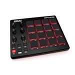 Controlador com Pads Akai Professional Mpd218