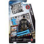 Figura Articulável Dc Liga da Justiça Batman com Equipamento de Camuflagem e Lançador Power Slingers Fgg60 - Mattel