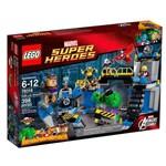 Lego Super Heroes 76018 Hulk Destrói o Laboratório - Lego