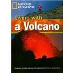 Livro - Living With a Volcano
