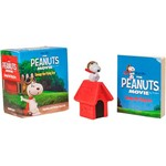 Livro - The Peanuts Movie: Snoopy The Flying Ace - Figurine And Sticker Book Kit