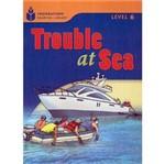 Livro - Trouble At Sea