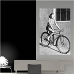 Painel Adesivo de Parede - Mulher Ciclista - N3043