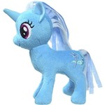 Pelúcia Básica My Little Pony Trixie Lulamoon - Hasbro