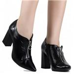 Sapato Loucos e Santos Scarpin Verniz | Betisa