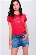 Short Jeans de Cintura Alta com Recortes