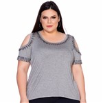 T-Shirt Decote e Ombros Bordados Plus Size M